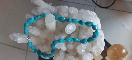 COLLIER TURQUOISES PIERRES ROULEES
